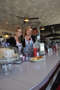 Breakfast Clayton´s Brittney Smith and Ginger McCalmont