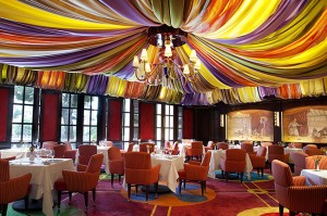 Bellagio's Le Cirque dining room offers French cuisine.
