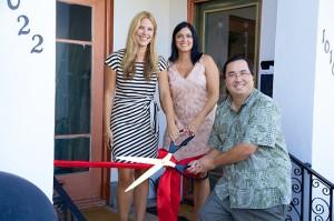 Bungalow 56 owners Jessica Nicolls and Karyn Frazier with Mayor Casey Tanaka