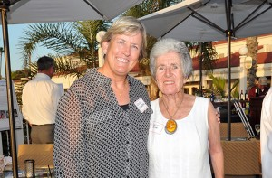 Noah Homes' Coronado Ambassadors Leslie Crawford (left) and Francette Roeder.