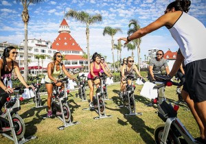 Hotel del Coronado offers spin by the seashore.